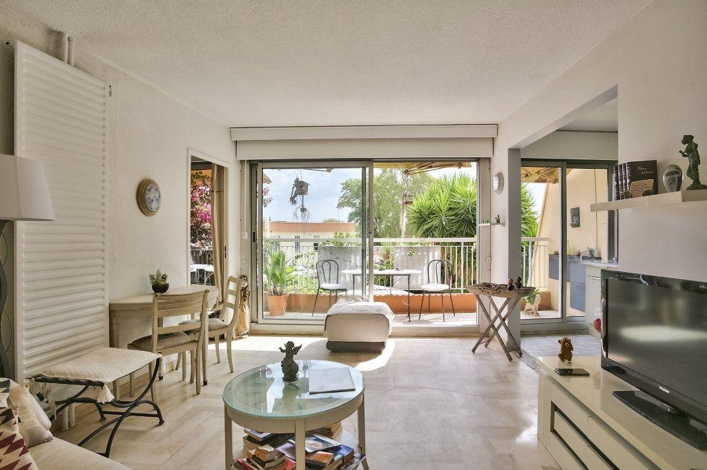 Appartement à vendre 2 43.65m2 à Mandelieu-la-Napoule vignette-5