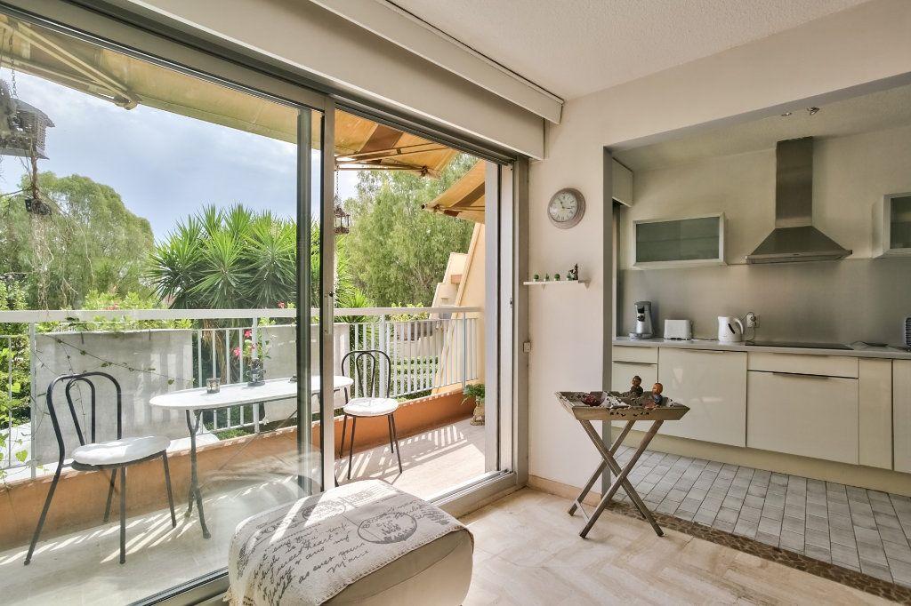 Appartement à vendre 2 43.65m2 à Mandelieu-la-Napoule vignette-8