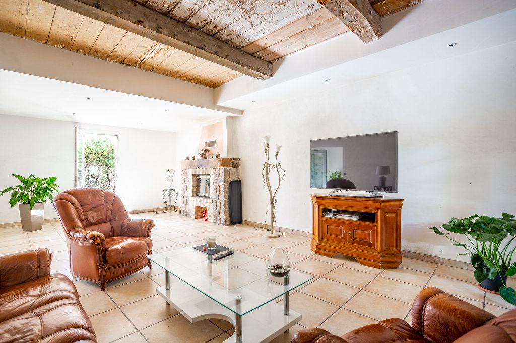 Maison à vendre 7 236m2 à Fréjus vignette-4