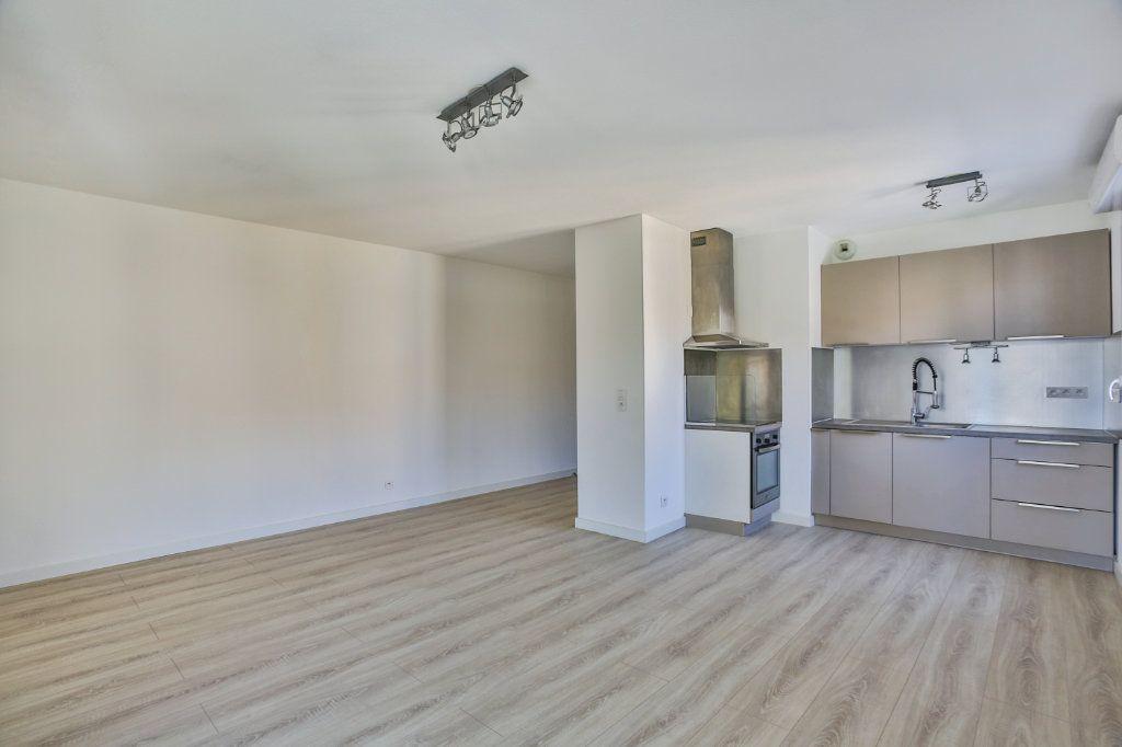 Appartement à vendre 2 50.56m2 à Mandelieu-la-Napoule vignette-2