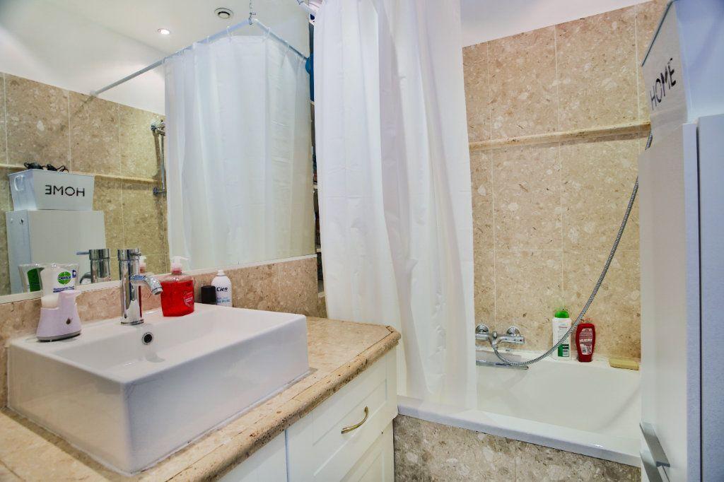 Appartement à vendre 3 65.9m2 à Mandelieu-la-Napoule vignette-8