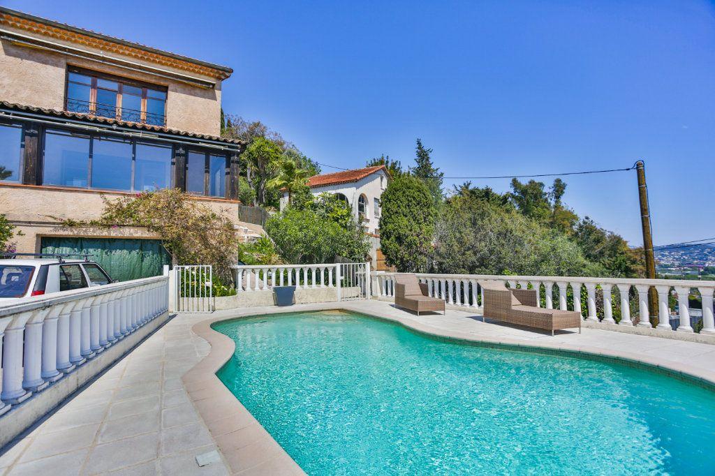 Maison à vendre 5 151.63m2 à Mandelieu-la-Napoule vignette-2