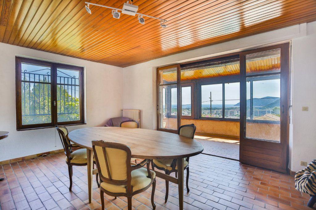 Maison à vendre 5 151.63m2 à Mandelieu-la-Napoule vignette-5