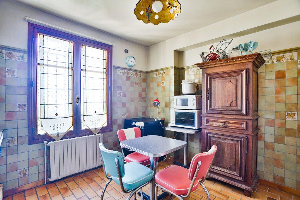Maison à vendre 5 151.63m2 à Mandelieu-la-Napoule vignette-12