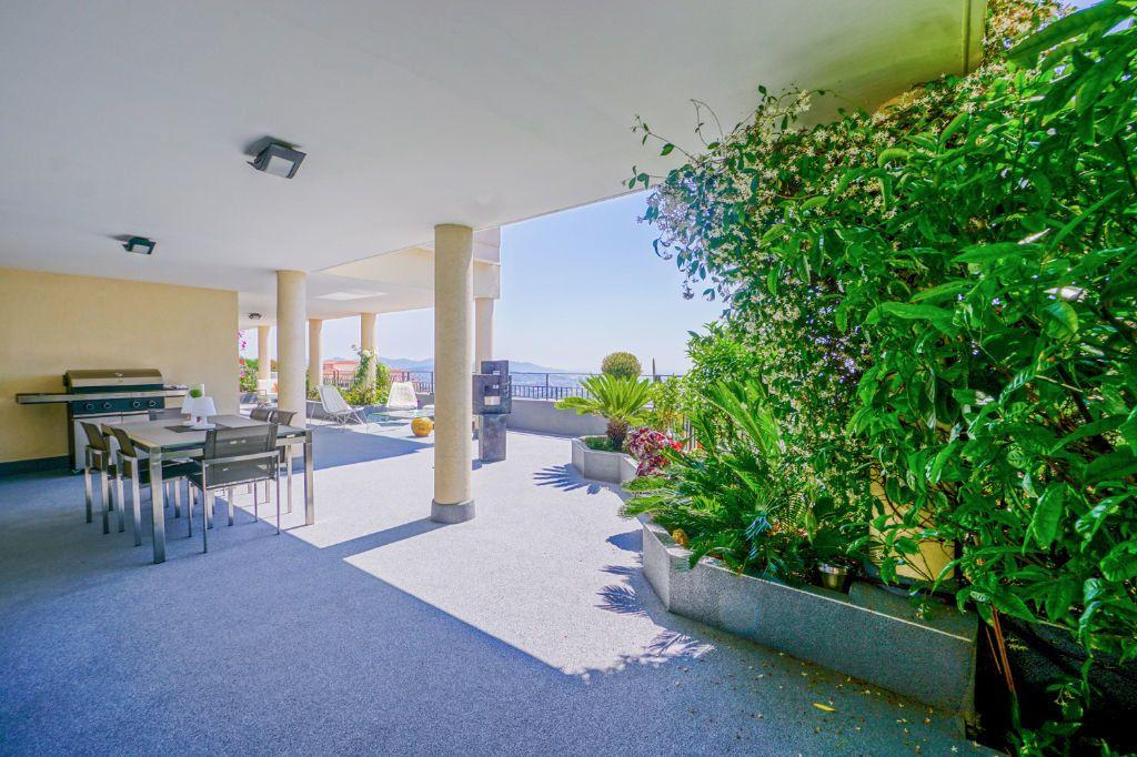 Appartement à vendre 4 160.07m2 à Mandelieu-la-Napoule vignette-6