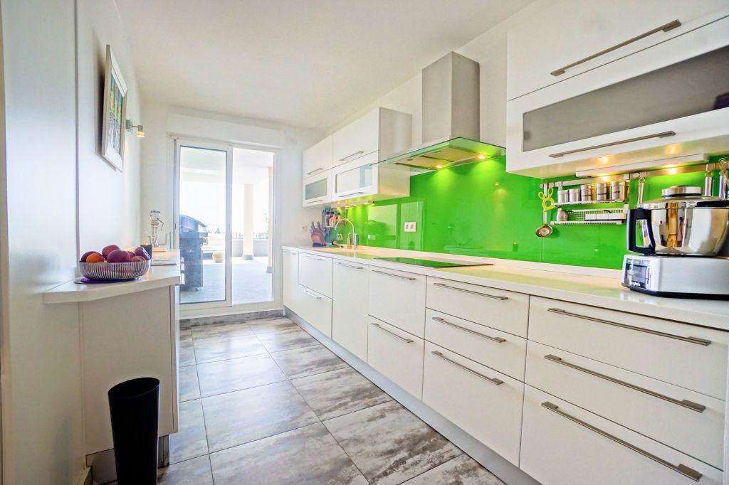 Appartement à vendre 4 160.07m2 à Mandelieu-la-Napoule vignette-10
