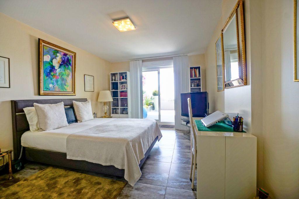 Appartement à vendre 4 160.07m2 à Mandelieu-la-Napoule vignette-11