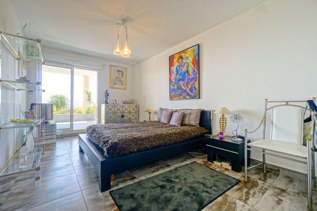 Appartement à vendre 4 160.07m2 à Mandelieu-la-Napoule vignette-13
