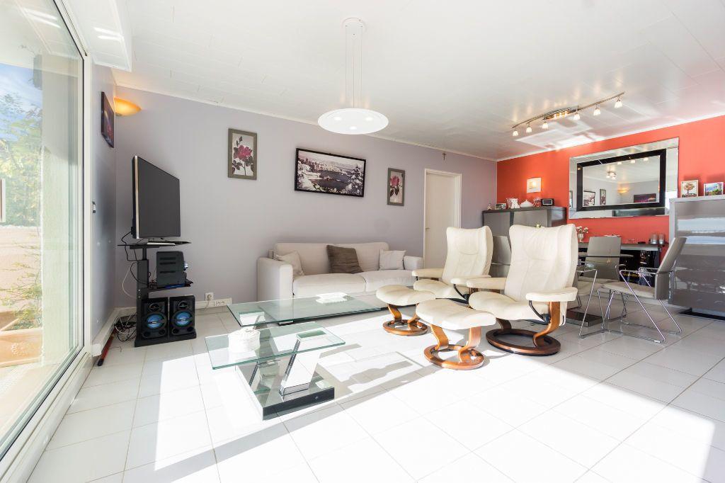 Appartement à vendre 3 80.11m2 à Mandelieu-la-Napoule vignette-5