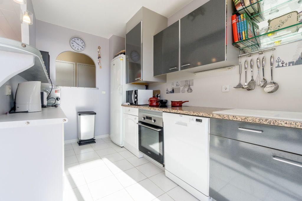 Appartement à vendre 3 80.11m2 à Mandelieu-la-Napoule vignette-6
