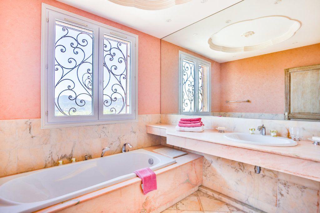 Maison à vendre 4 116.5m2 à Mandelieu-la-Napoule vignette-12