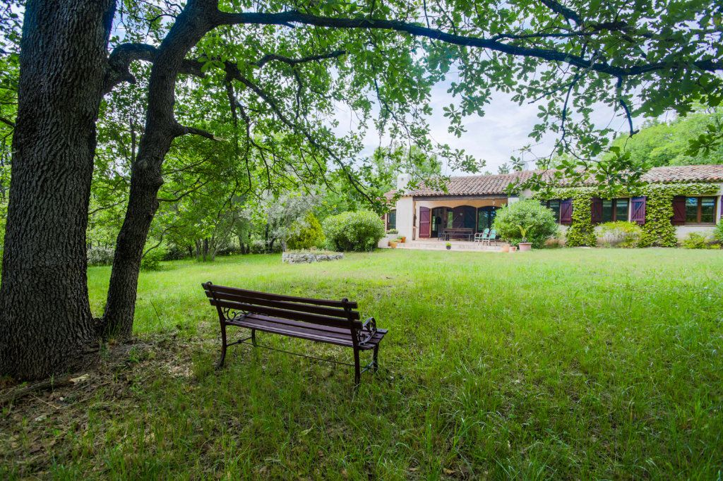 Maison à vendre 4 146m2 à Fayence vignette-4