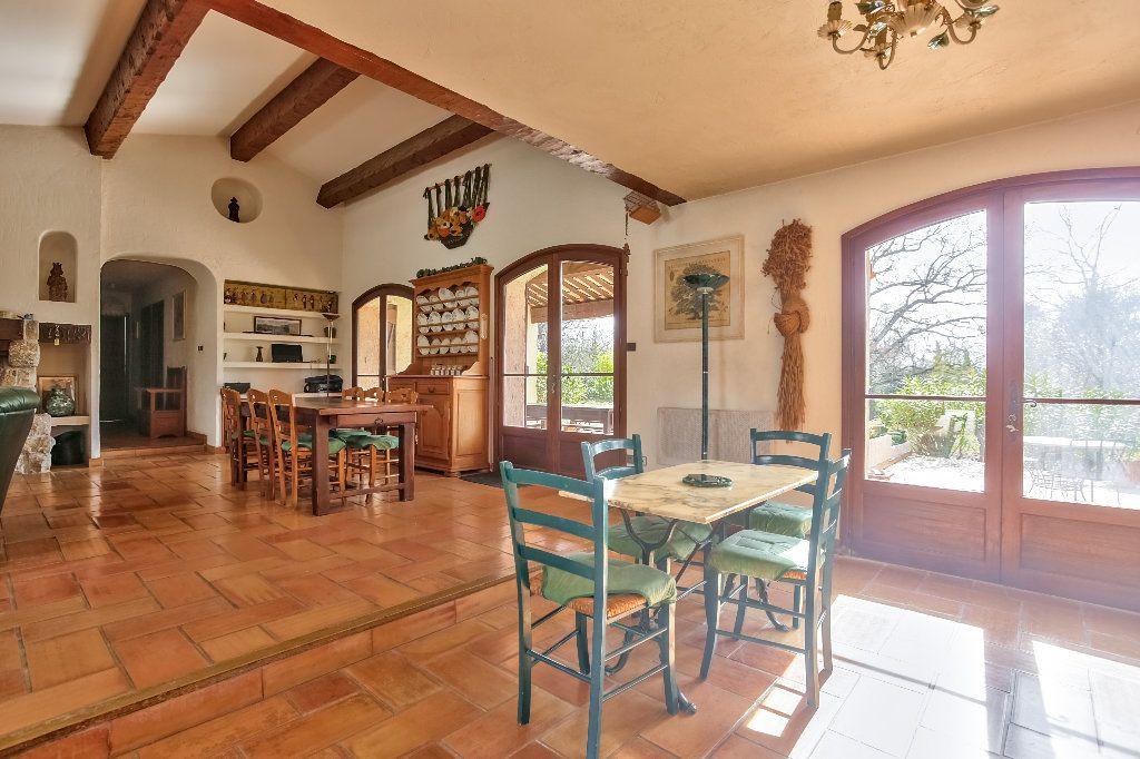 Maison à vendre 4 146m2 à Fayence vignette-8