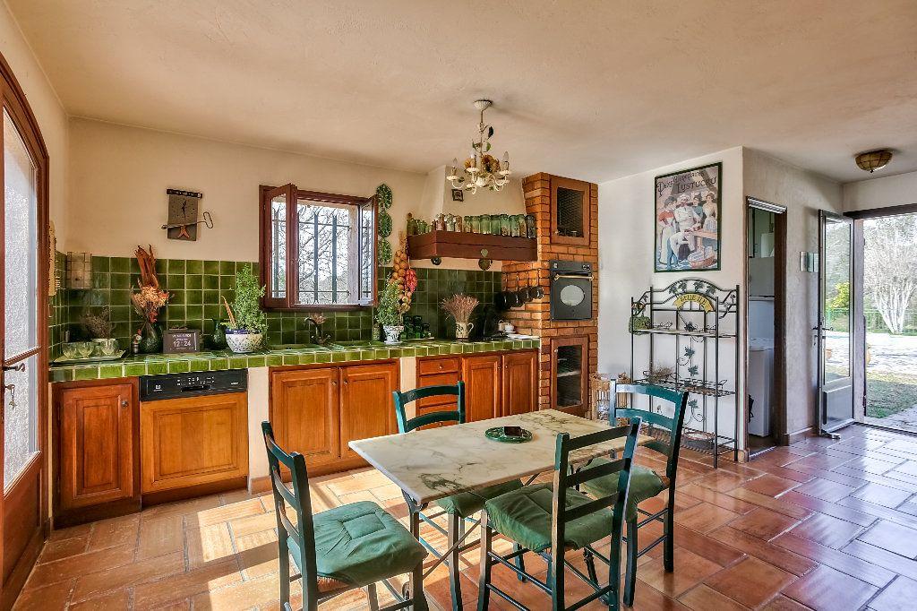 Maison à vendre 4 146m2 à Fayence vignette-10