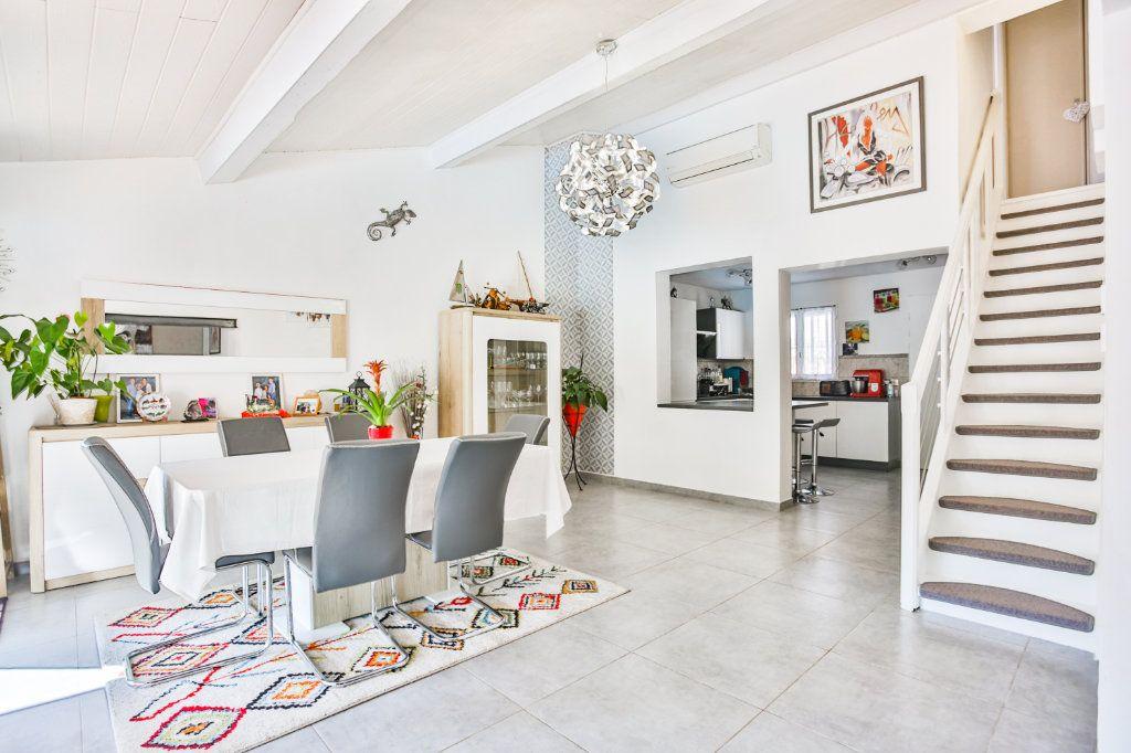 Maison à vendre 4 90.04m2 à Auribeau-sur-Siagne vignette-7