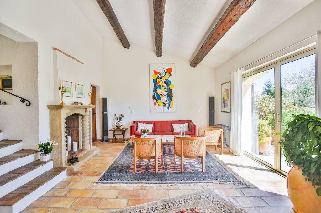 Maison à vendre 6 155m2 à Tourrettes vignette-8