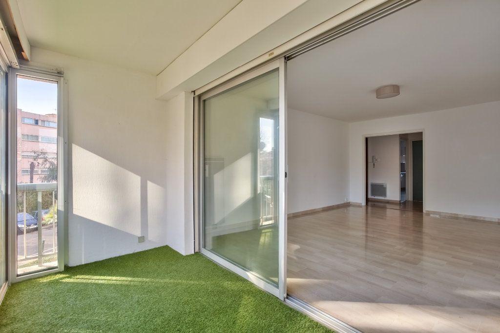 Appartement à vendre 3 68.02m2 à Mandelieu-la-Napoule vignette-1