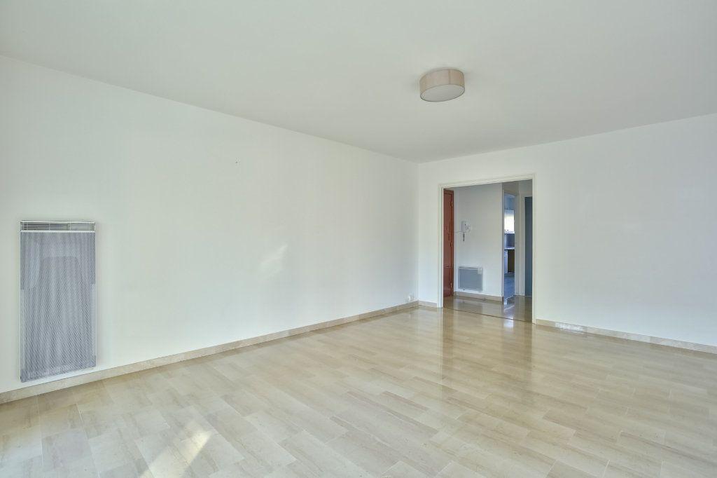 Appartement à vendre 3 68.02m2 à Mandelieu-la-Napoule vignette-3