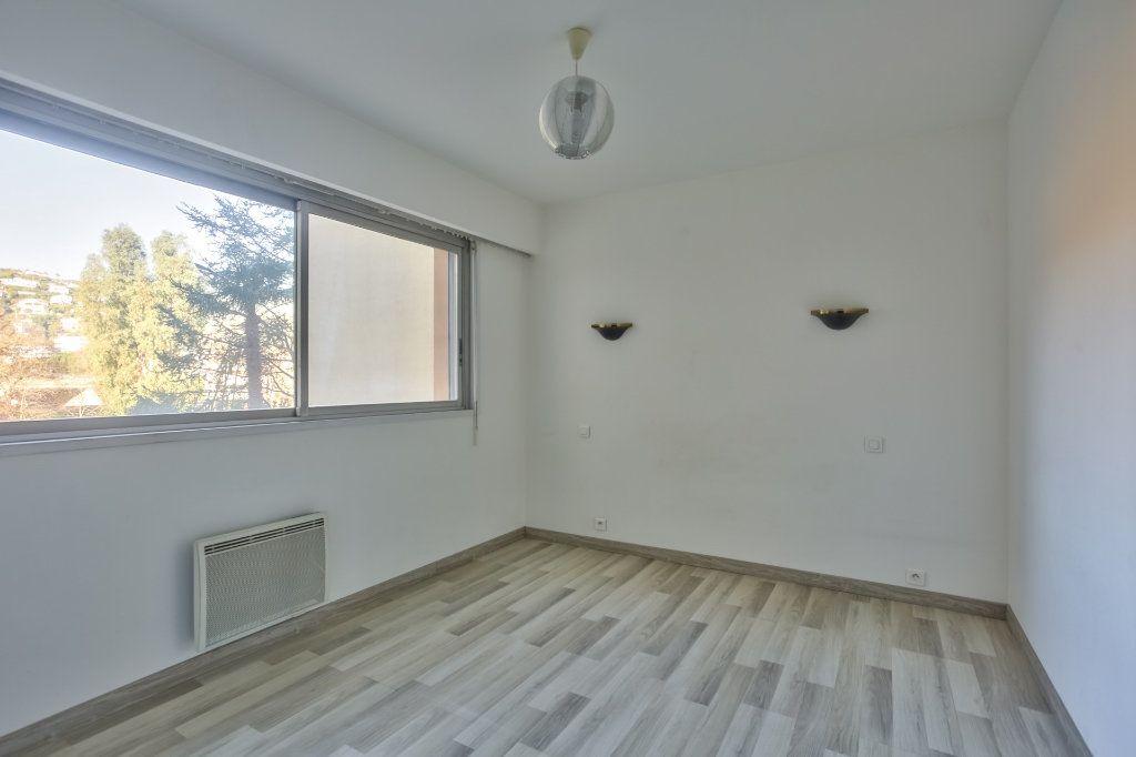 Appartement à vendre 3 68.02m2 à Mandelieu-la-Napoule vignette-5