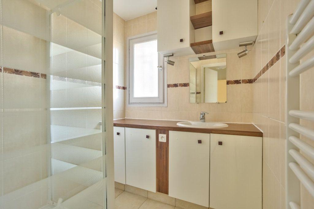 Appartement à vendre 3 68.02m2 à Mandelieu-la-Napoule vignette-9