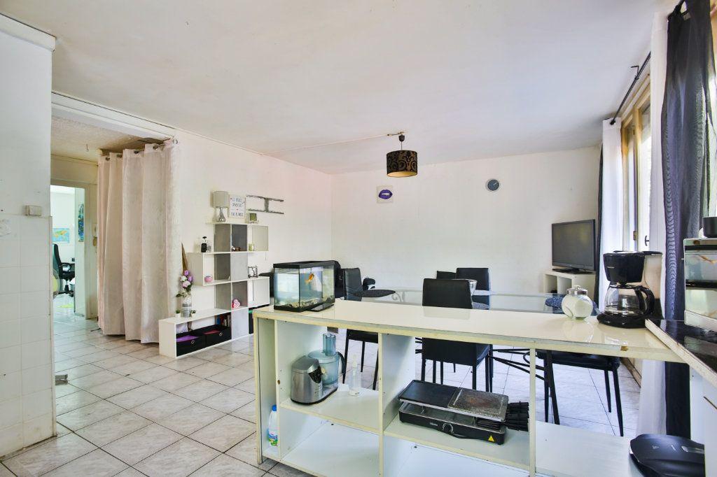 Appartement à vendre 3 58.17m2 à Mandelieu-la-Napoule vignette-3
