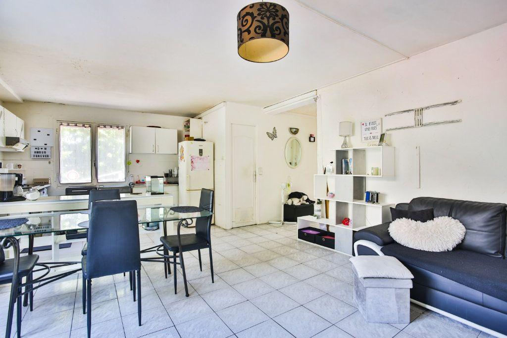 Appartement à vendre 3 58.17m2 à Mandelieu-la-Napoule vignette-4