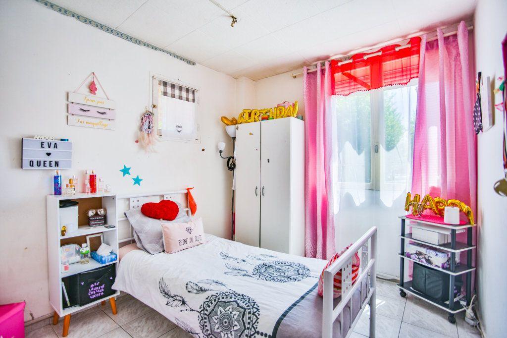 Appartement à vendre 3 58.17m2 à Mandelieu-la-Napoule vignette-7