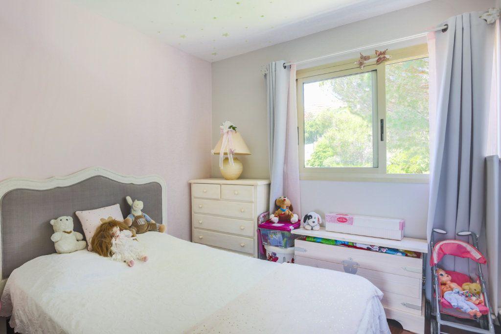 Appartement à vendre 3 70.49m2 à Mandelieu-la-Napoule vignette-6