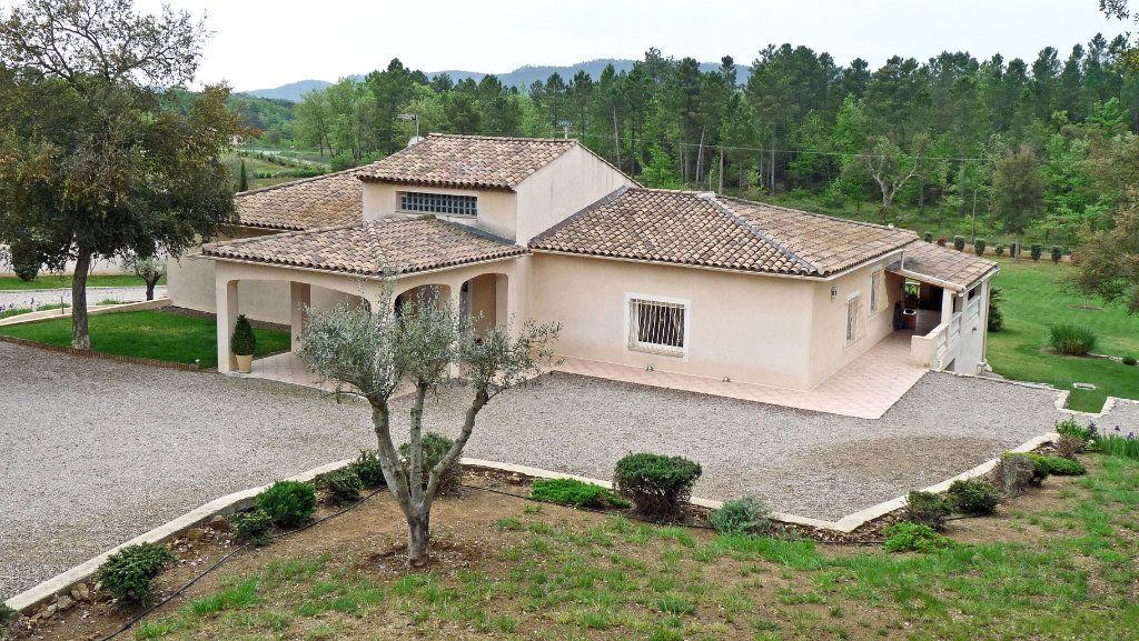 Maison à vendre 7 340m2 à Bagnols-en-Forêt vignette-3