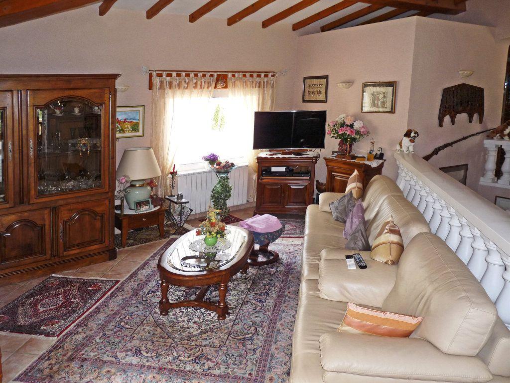 Maison à vendre 7 340m2 à Bagnols-en-Forêt vignette-5