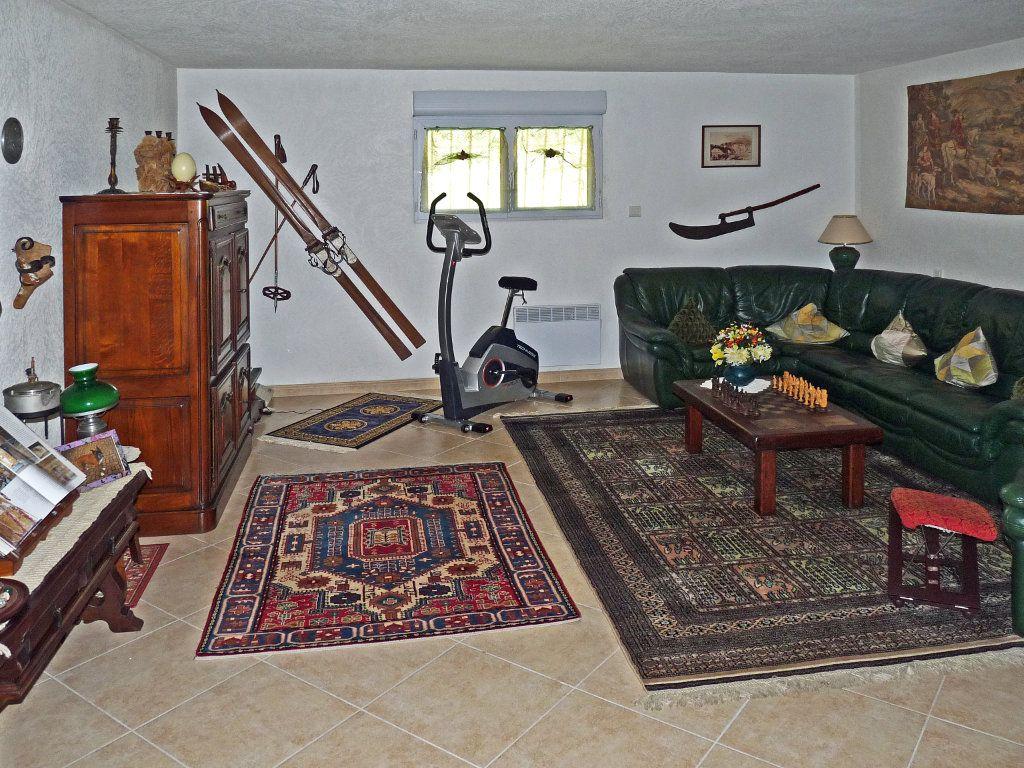 Maison à vendre 7 340m2 à Bagnols-en-Forêt vignette-8