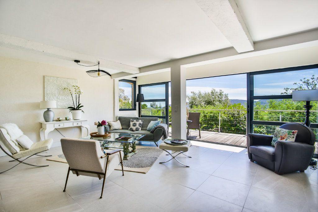 Maison à vendre 4 127m2 à Mandelieu-la-Napoule vignette-2