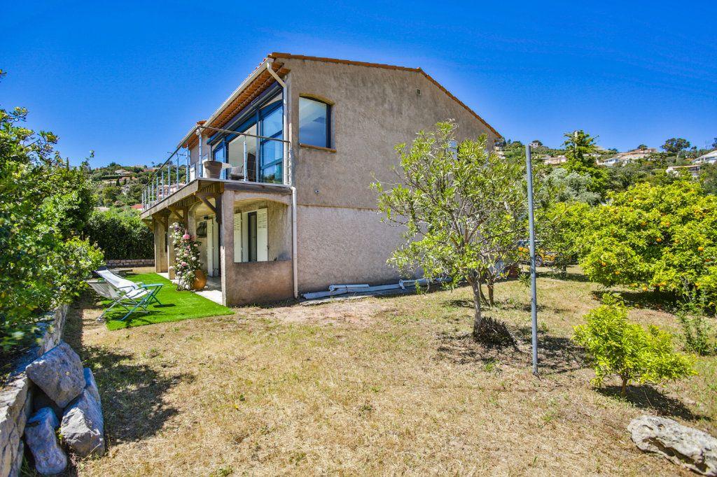 Maison à vendre 4 127m2 à Mandelieu-la-Napoule vignette-11