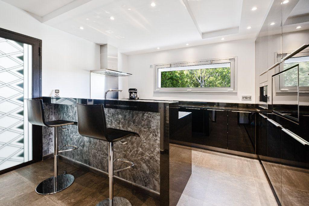 Maison à vendre 8 349.26m2 à Fréjus vignette-6