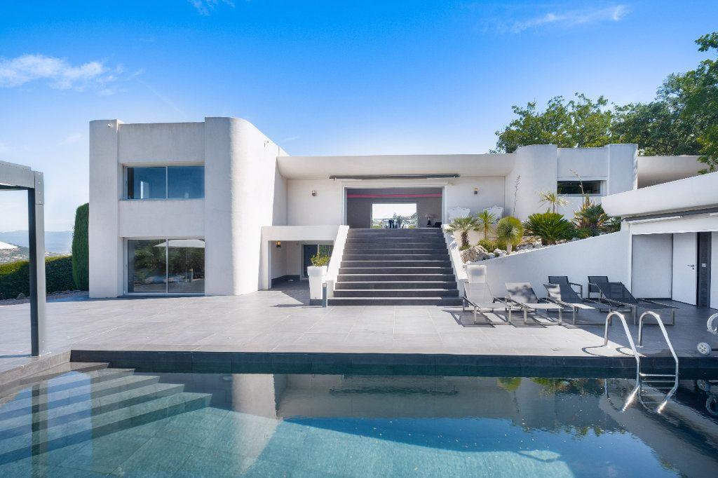 Maison à vendre 8 349.26m2 à Fréjus vignette-11