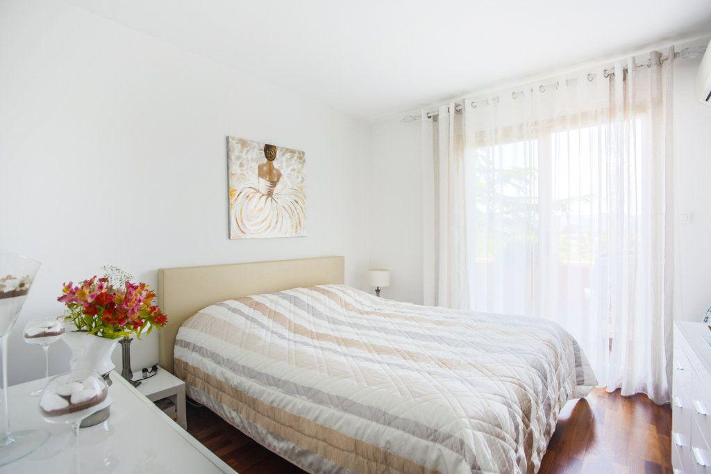 Appartement à vendre 3 68.97m2 à Mandelieu-la-Napoule vignette-5