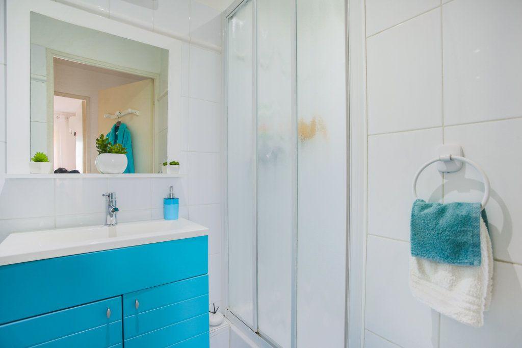 Appartement à vendre 3 68.97m2 à Mandelieu-la-Napoule vignette-8