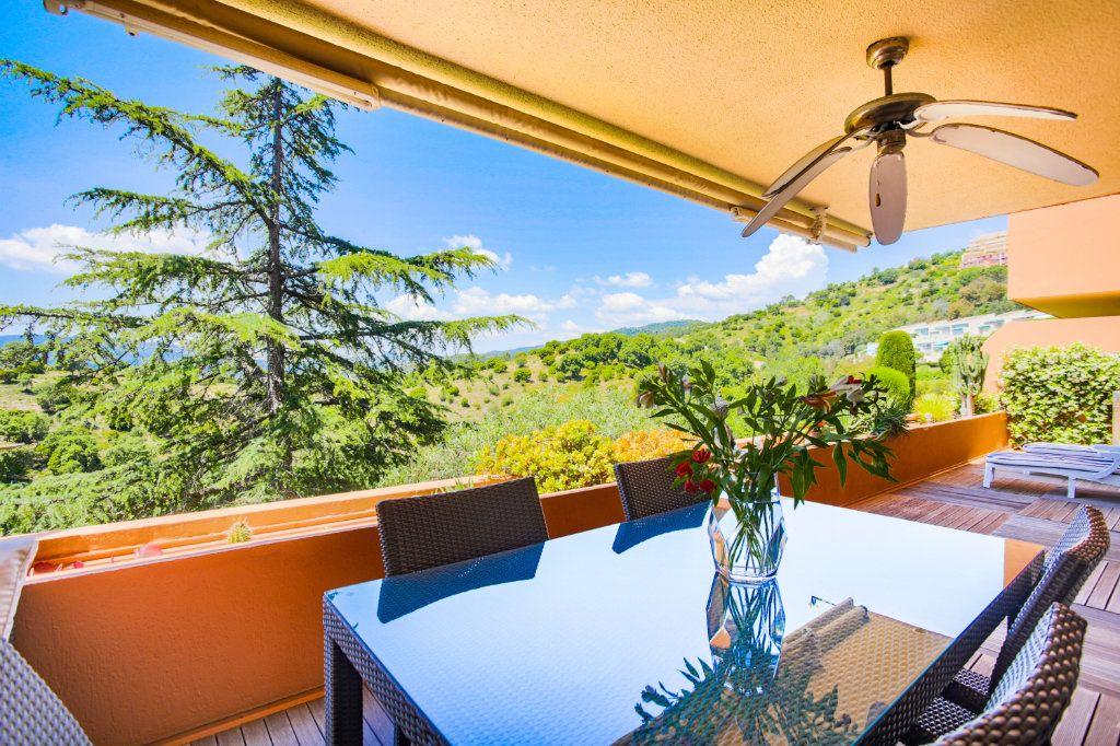 Appartement à vendre 3 68.97m2 à Mandelieu-la-Napoule vignette-9