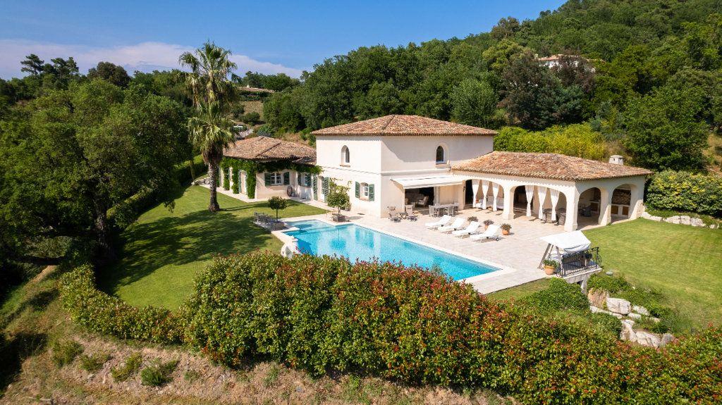 Maison à vendre 11 390m2 à Fréjus vignette-4