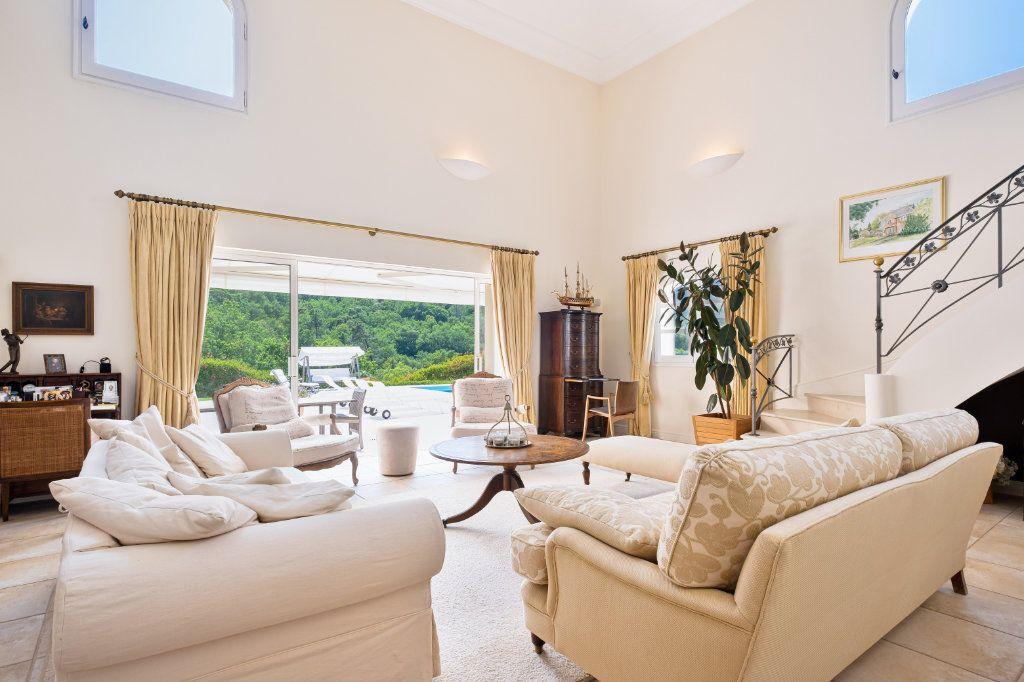 Maison à vendre 11 390m2 à Fréjus vignette-5