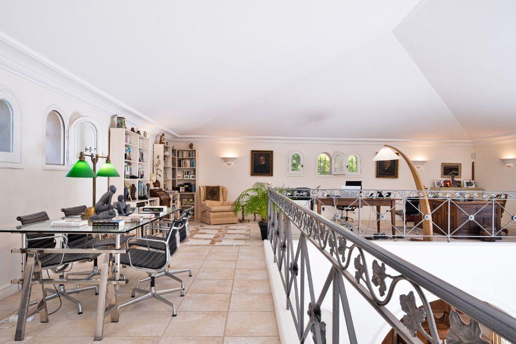 Maison à vendre 11 390m2 à Fréjus vignette-6