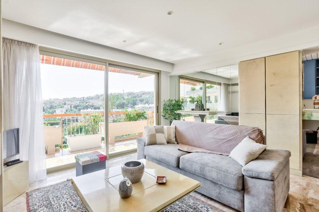 Appartement à vendre 3 73.72m2 à Mandelieu-la-Napoule vignette-2
