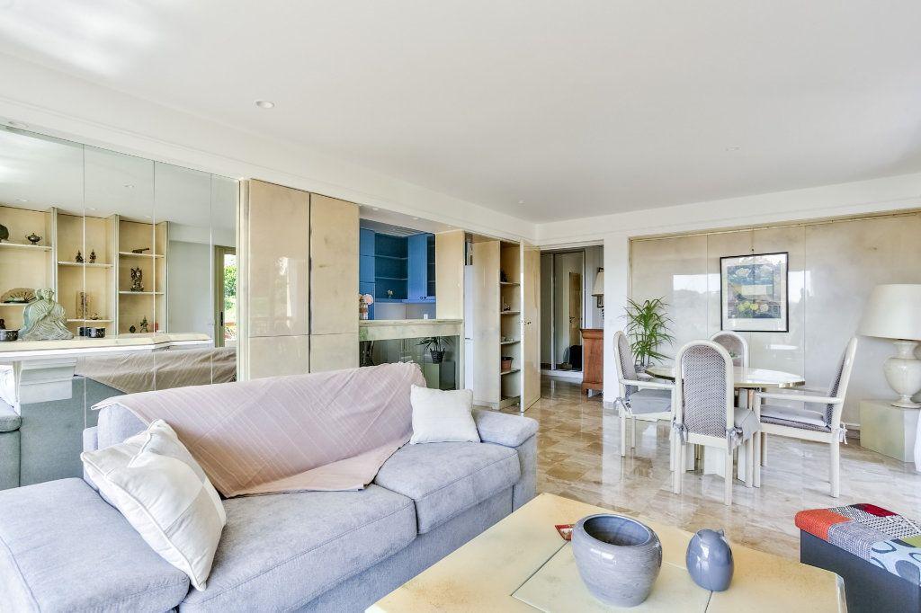 Appartement à vendre 3 73.72m2 à Mandelieu-la-Napoule vignette-3