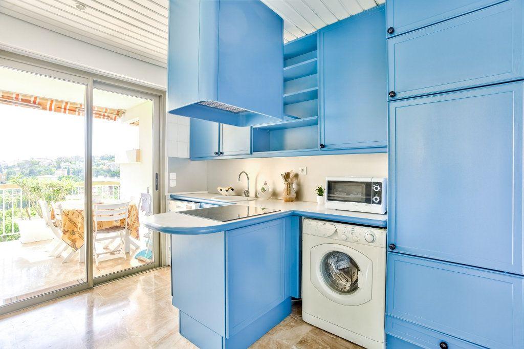 Appartement à vendre 3 73.72m2 à Mandelieu-la-Napoule vignette-4