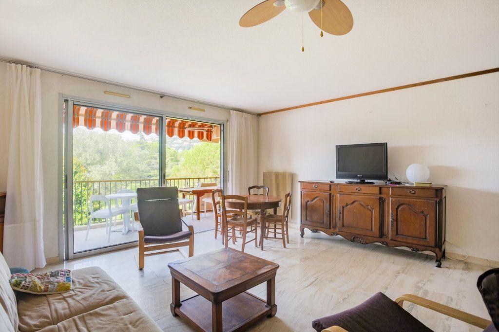 Appartement à louer 2 57.28m2 à Mandelieu-la-Napoule vignette-4
