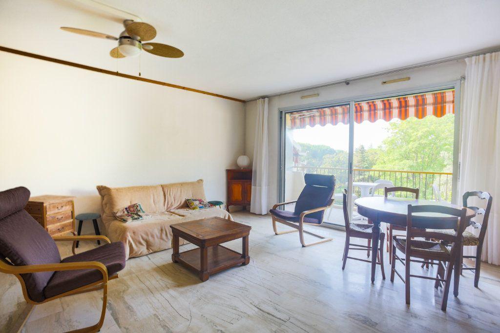 Appartement à louer 2 57.28m2 à Mandelieu-la-Napoule vignette-10