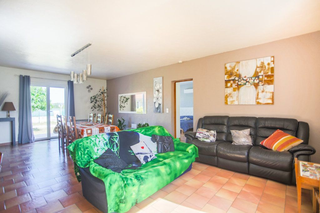 Maison à vendre 8 220m2 à Callian vignette-8