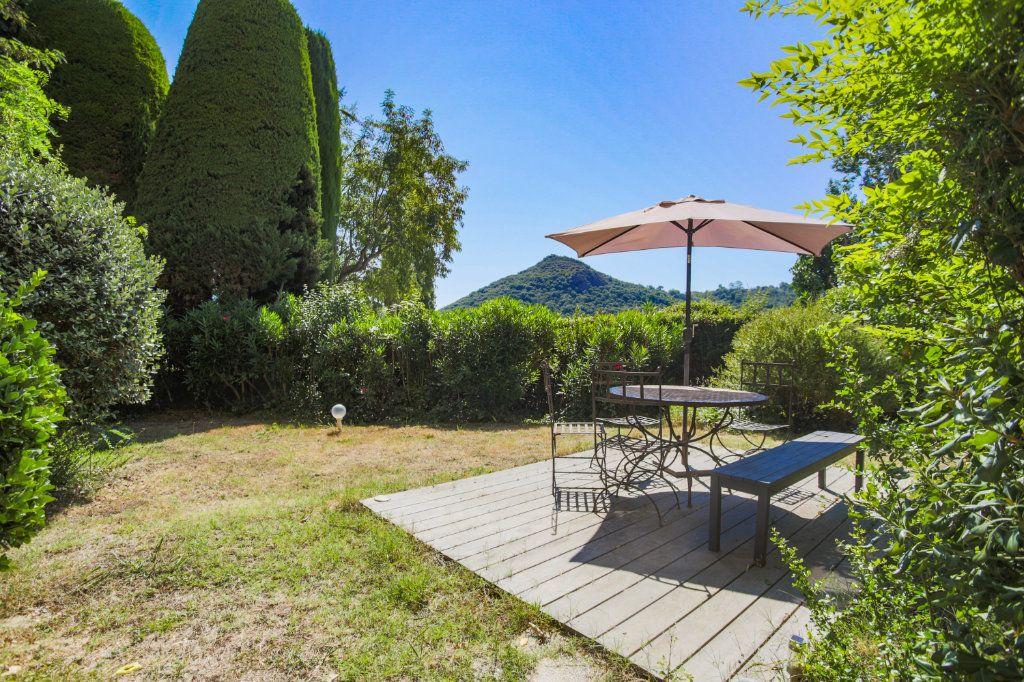 Appartement à vendre 3 80.06m2 à Mandelieu-la-Napoule vignette-1