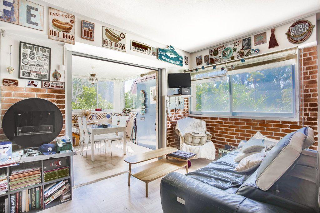 Appartement à vendre 3 80.06m2 à Mandelieu-la-Napoule vignette-5