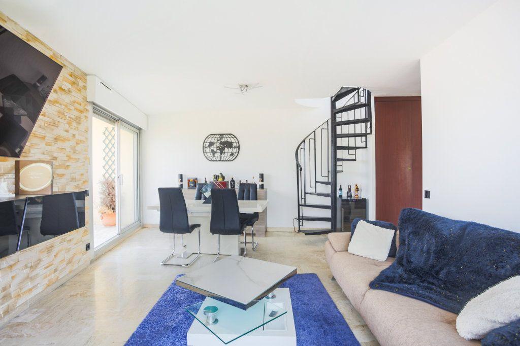 Appartement à louer 3 69.28m2 à Mandelieu-la-Napoule vignette-8